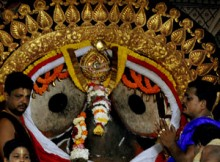 Suna Besha of Lord Jagannath 2012