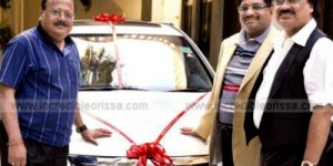 Producer Akshay Parija Gifted Honda Accord to Director Prasanta Nanda