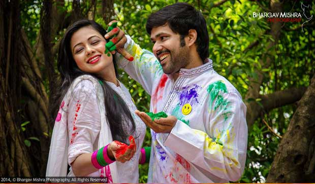 Archita Sabyasachi play Holi