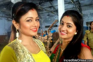Archita Sahu and Lipsa Mishra shooting photo