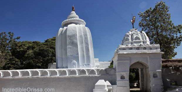 Leaning Temple of Huma in Odisha