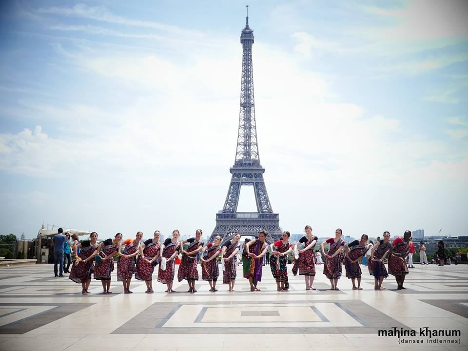 Sambalpuri in front of Eiffel Tower