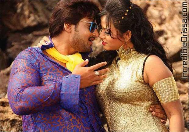 Sambit and Pinky Priyadarshini in Lekhichi Naa Tora