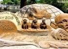 Sudarsan Pattnaik Mahatma Gandhi sand sculpture