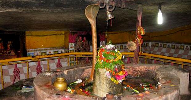 Mysterious Shiva Temple in Titlagarh, Odisha: Coolest of India | Incredible  Orissa