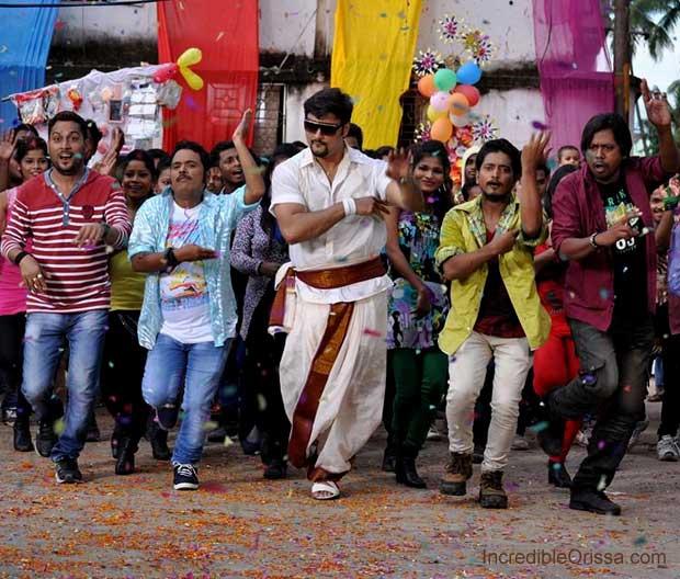 Anubhav in Mental Toka song shooting