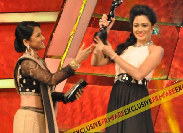 Archita with Filmfare (Oriya) Award