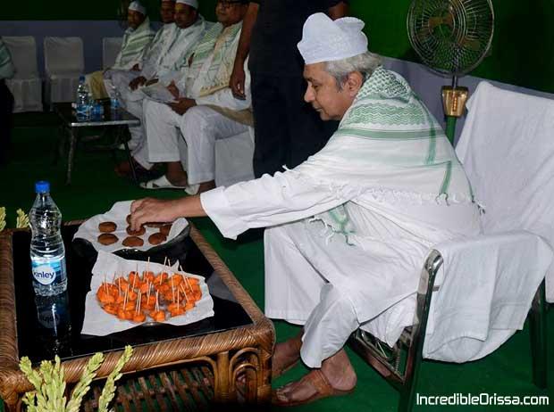 Naveen Patnaik at Iftar party